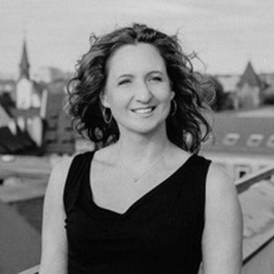 Sandra Helen Schusser